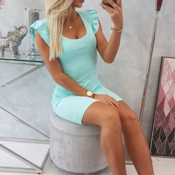 Dress with frills on the sleeve mint