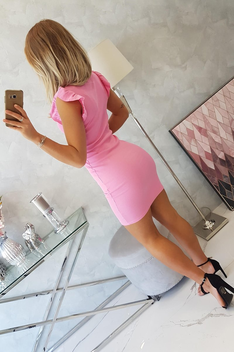 PRE ORDER Dress with frills on the sleeve light pink