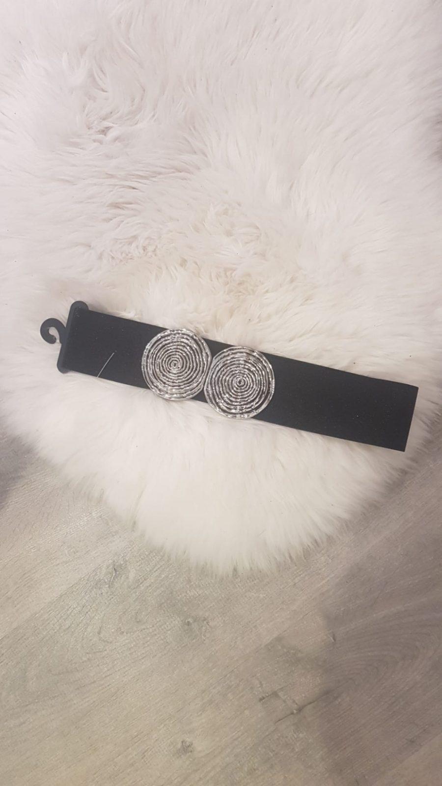 Zwarte riem met zilver