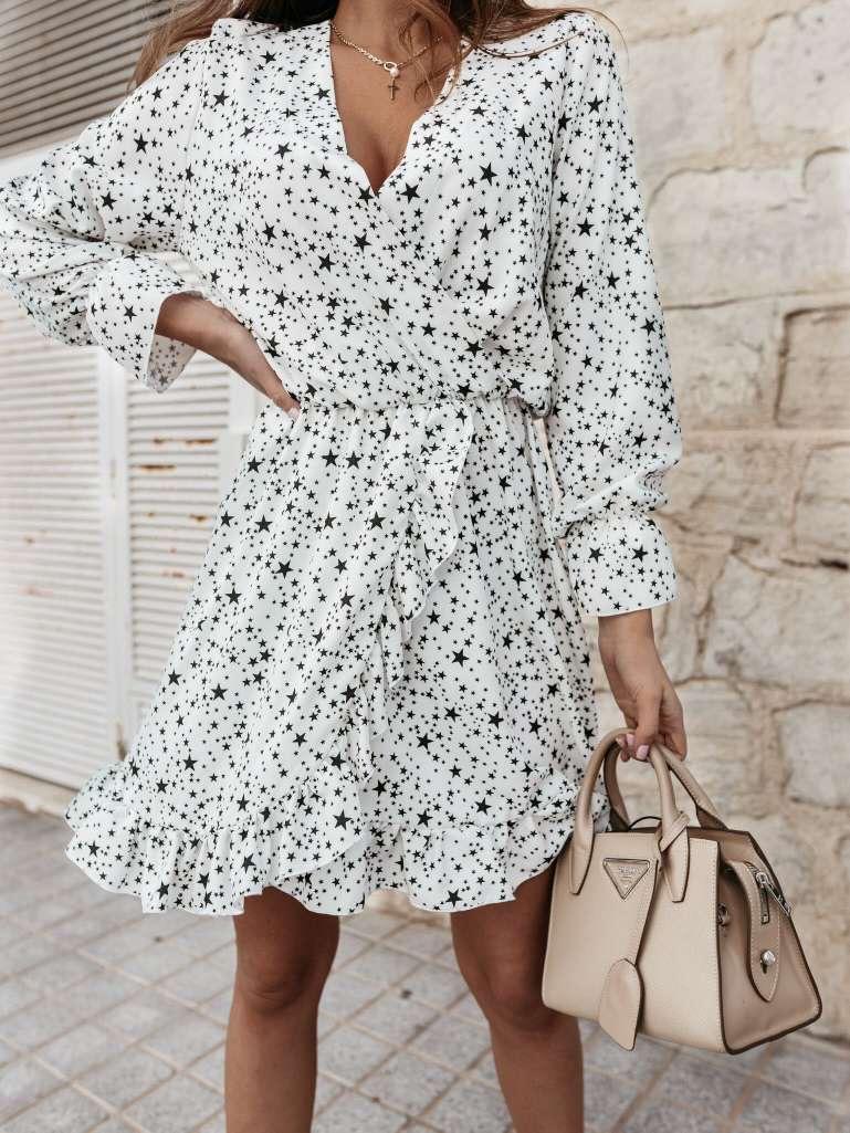 Kort kleedje wit met sterretjes